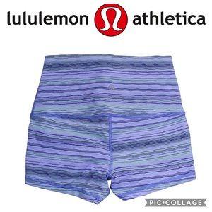💕Lululemon Roll down shorts